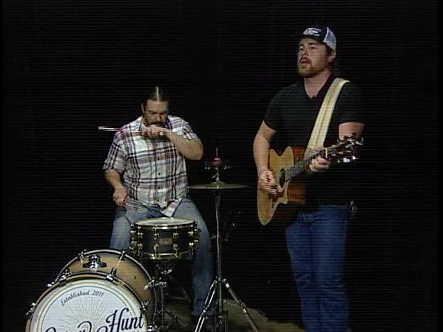 072216 Corey Hunt Band Rocks Out on CV Live_43531620-159532