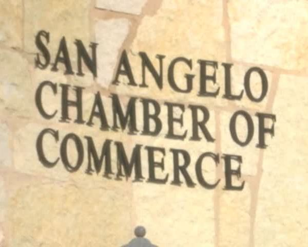 Chamber of Commerce Staff Changes 122816_96532630