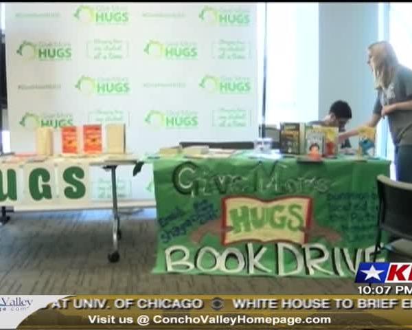 Hugs for kids_82275315