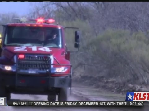 Fire at south pool of Twin Buttes
