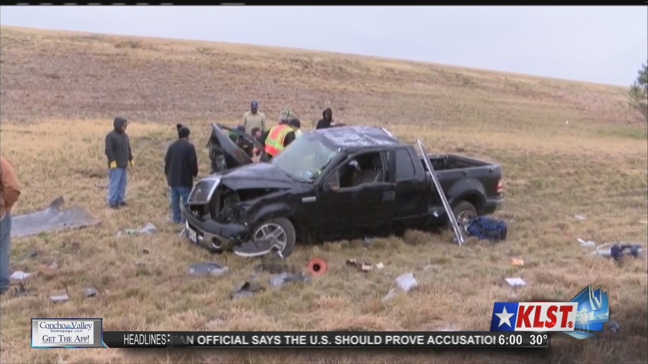 Icy_Roads_Cause_Multiple_Car_Collisions_0_20171228005615