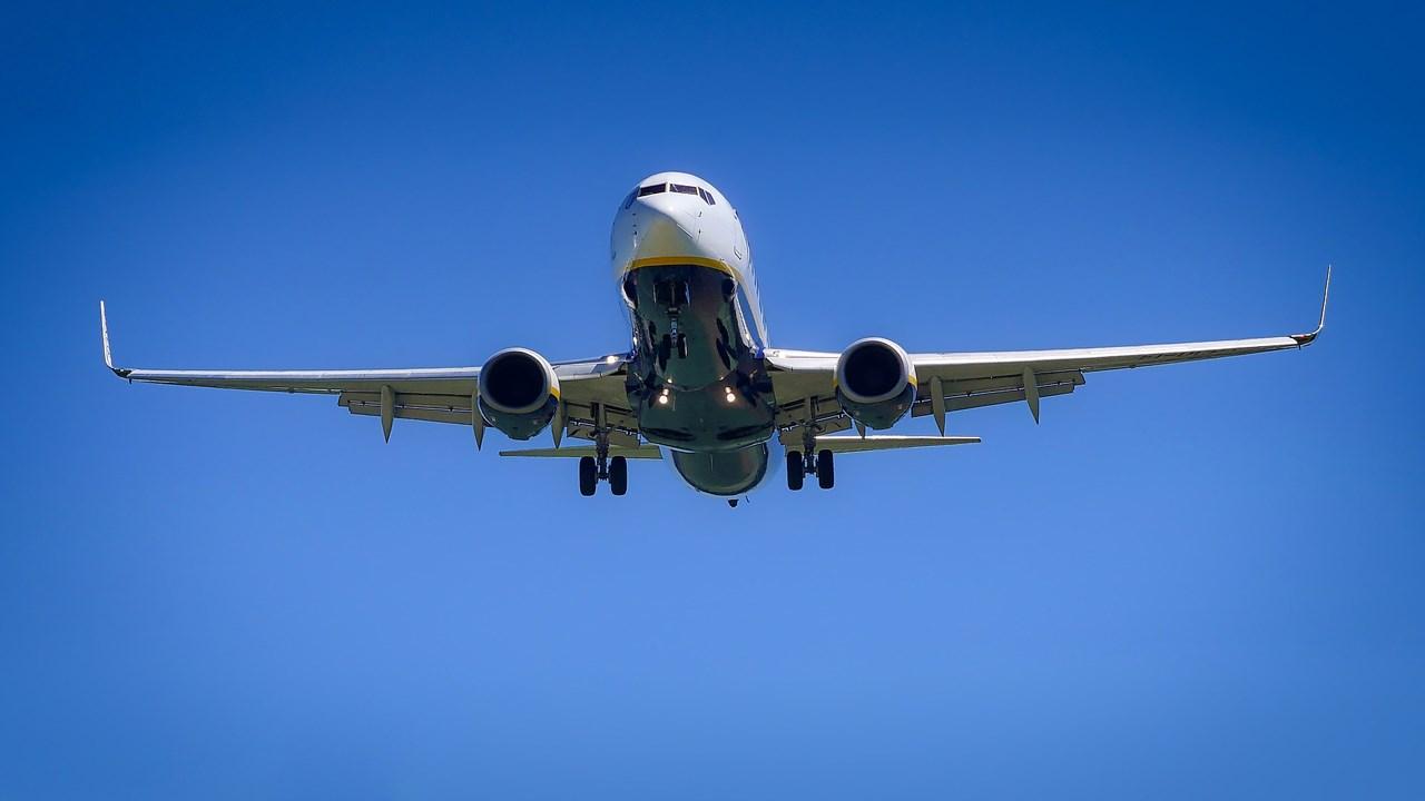 airplane_1531519597410.jpg