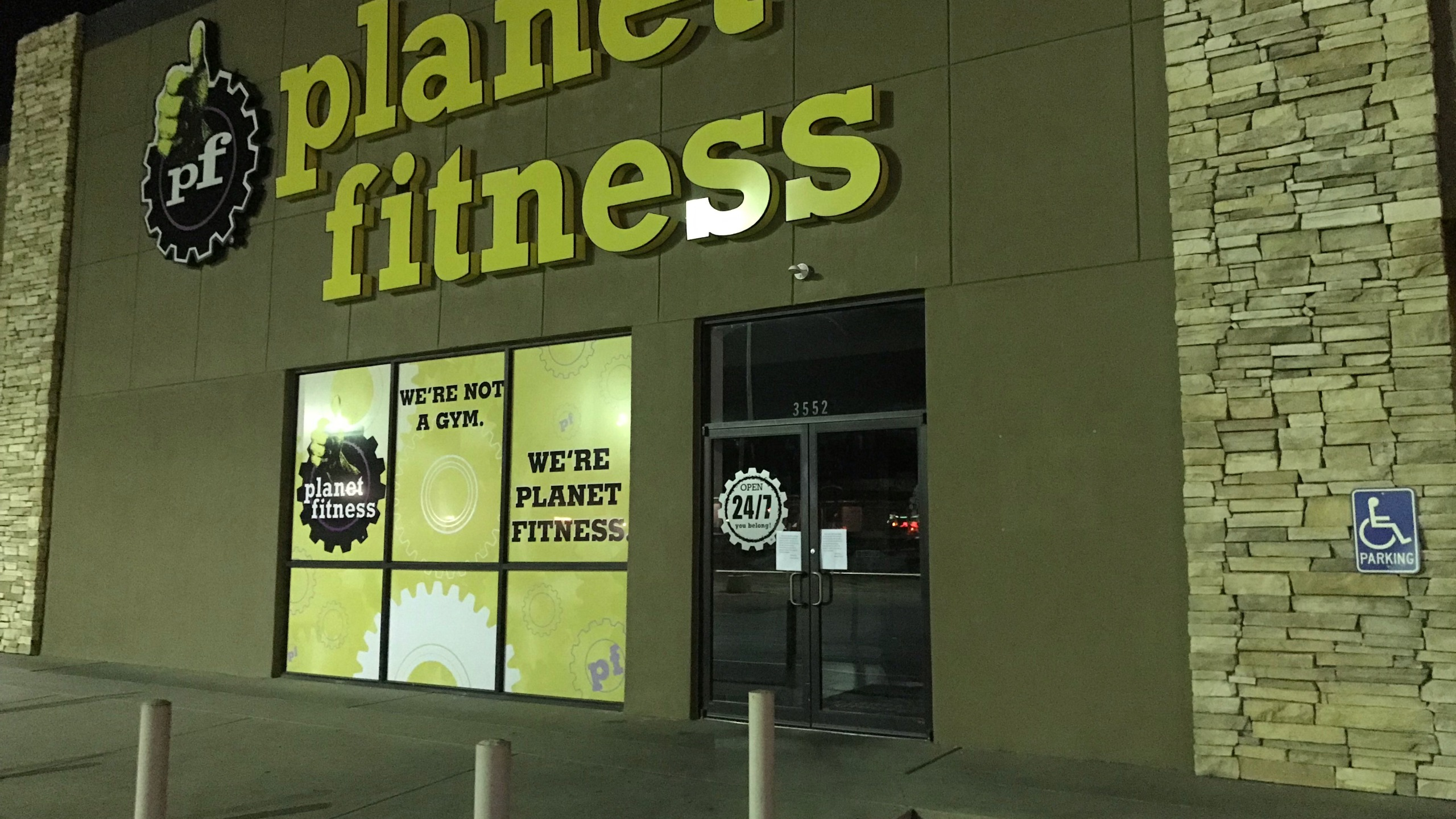 Planet Fitness on Knickerbocker