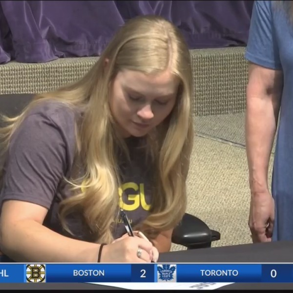 TLCA_s_Lainey_Griggs_Signs_On_to_Play_So_0_20190418030958