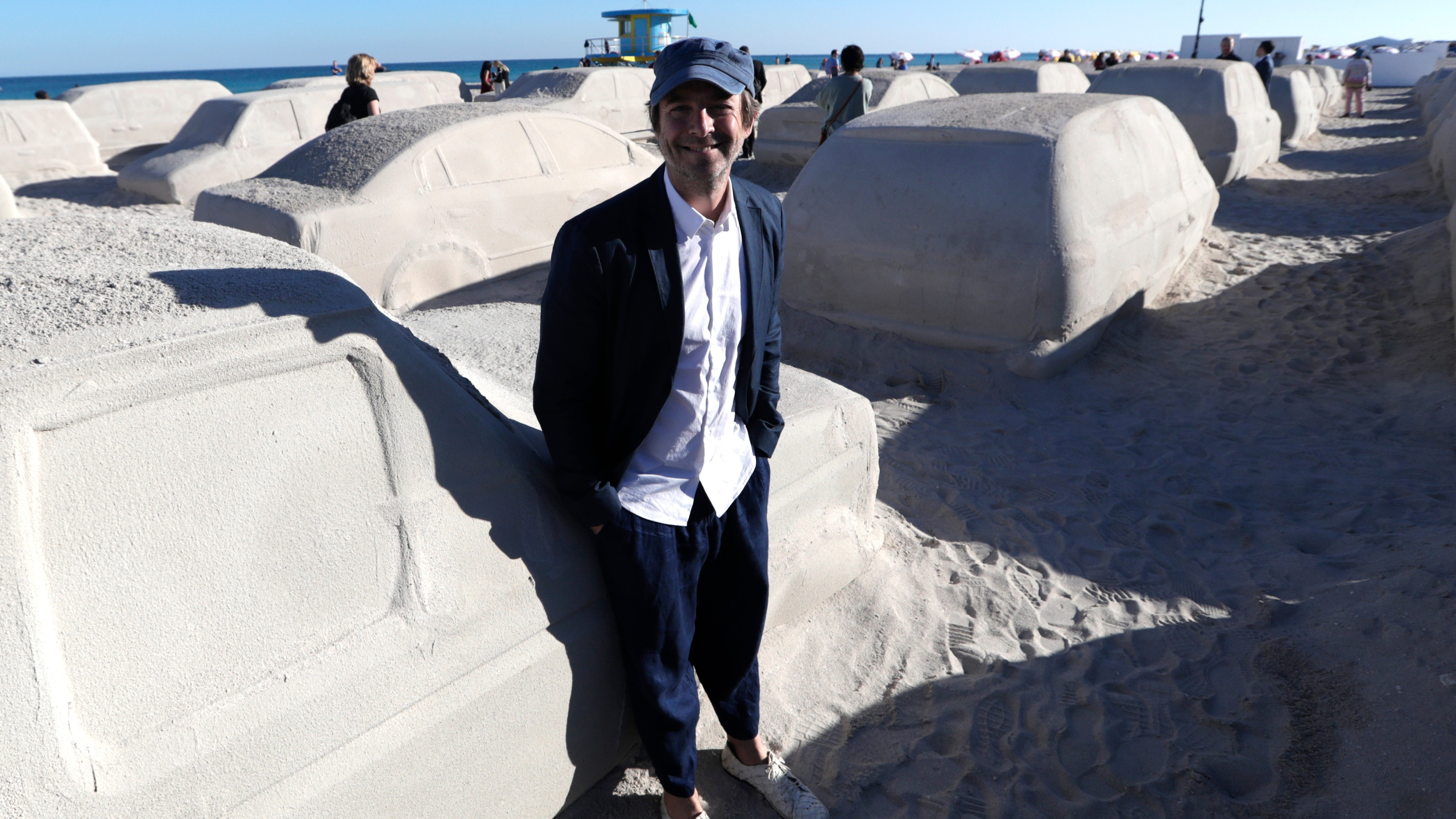 Leandro Erlich
